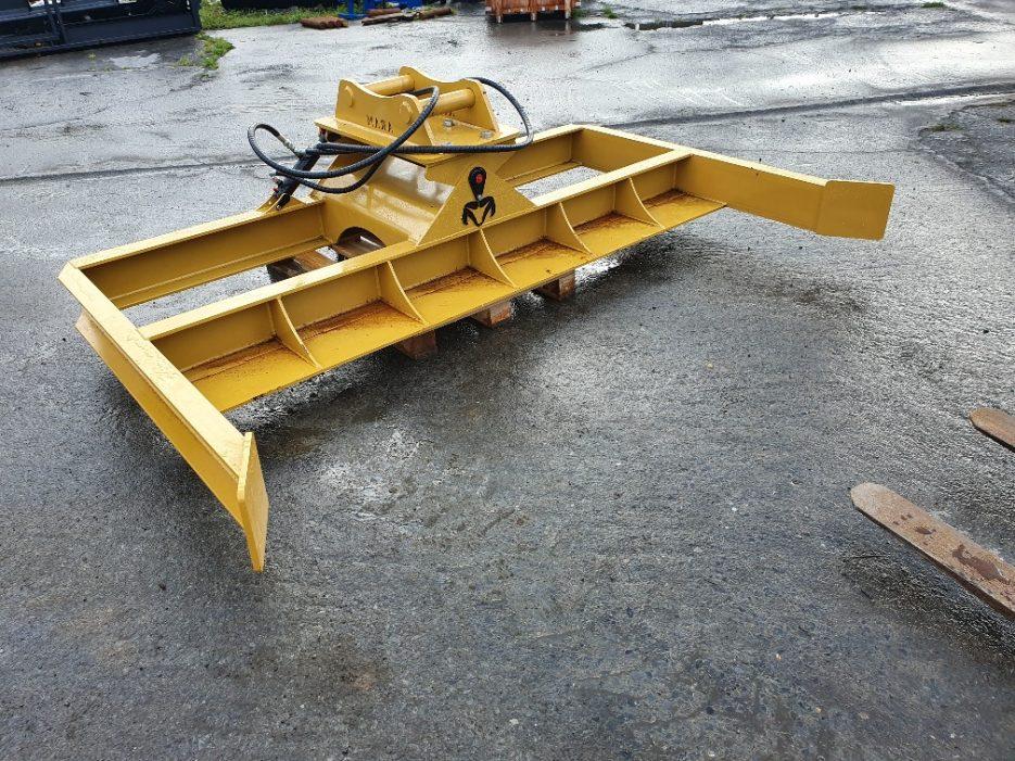 excavator tilting grading beam